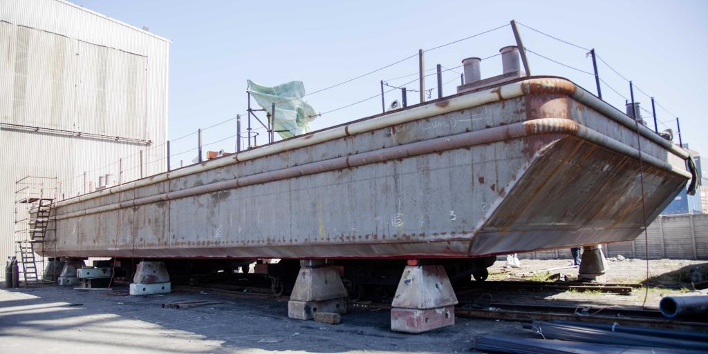 915-BSB_CONSTRUCTION_2015-30m-x-11m-Flat-top-Deck-barge