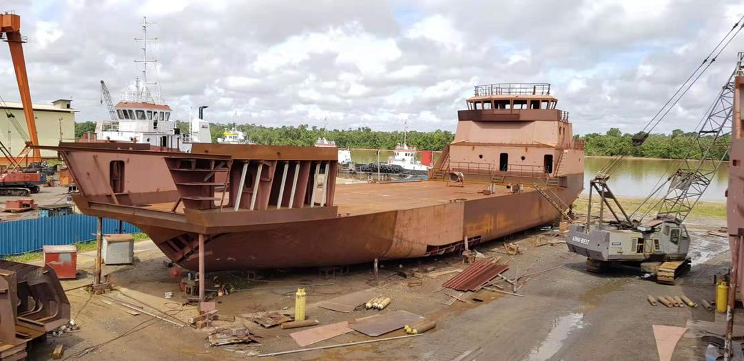 Buy, Sell or Charter Commercial Workboats Worldwide